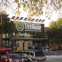 Austin Photo Set: News_Kevin Benz_TreeHouse_Oct  2011_exterior