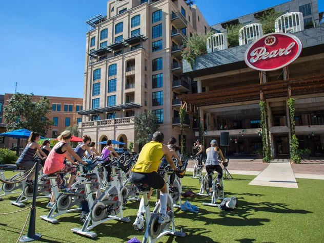 Fitness in Pearl Park spin San Antonio workout