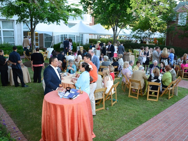 Houston Public Library Foundation benefit May 2013 gardens of the Clayton House crowd venue