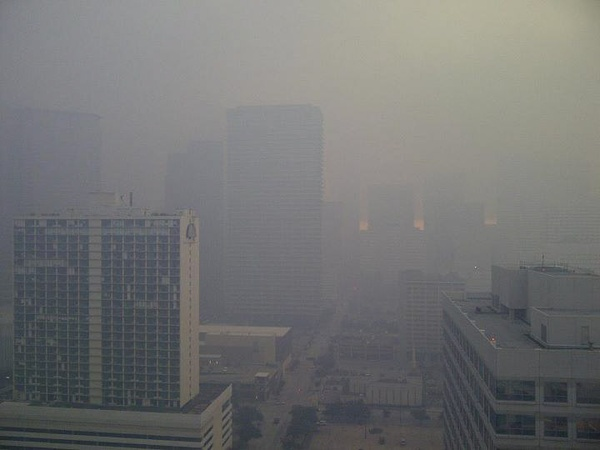 News_smoky sky_Houston