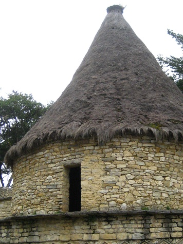 Stephan Lorenz Travels in Peru October 2013 Reconstructed building in Kuelap