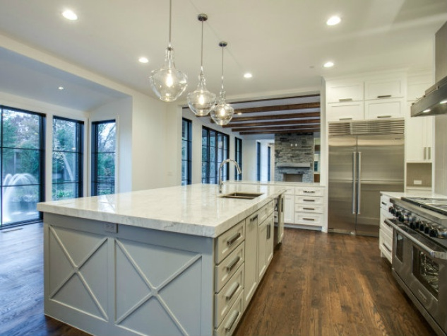 Tatum Brown Custom Homes kitchen
