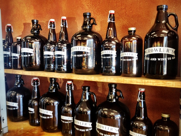 growlers, beer, April 2013, A wide variety of growler sizes to hold wine and beer