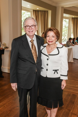 Dr. Eric Haufrect and Joyce Haufrect at the Community Immunity Spring Luncheon April 2014