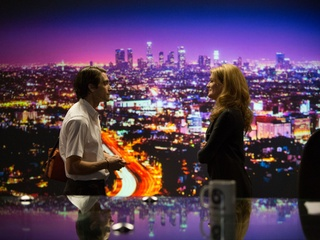 Jake Gyllenhaal and Rene Russo in Nightcrawler
