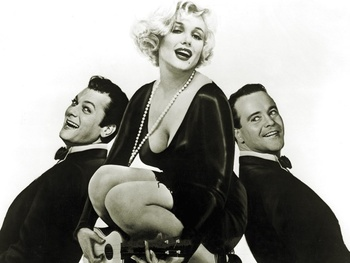 News_Some Like it Hot_Tony Curtis_Marilyn Monroe_Jack Lemon_bw
