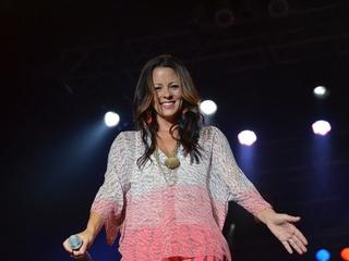 Sara Evans, singer