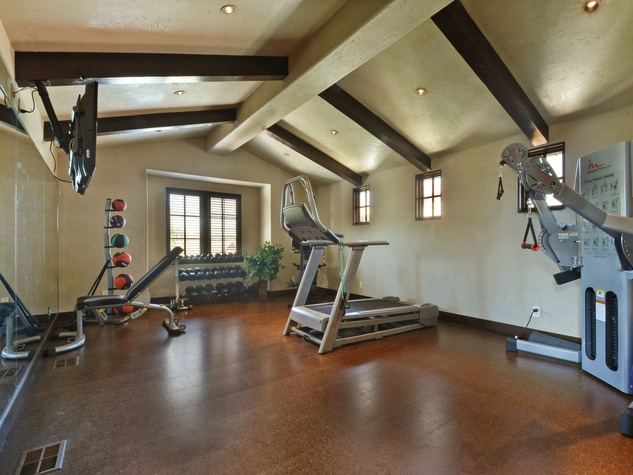 19700 La Isla Cover Austin house for sale fitness room