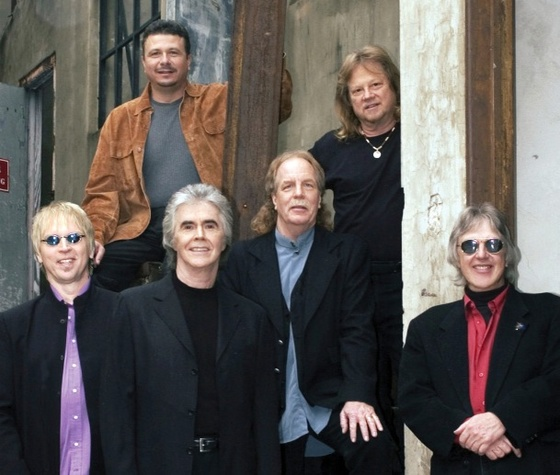 Austin Photo Set: News_arden_rodeo austin lineup_jan 2013_three dog night