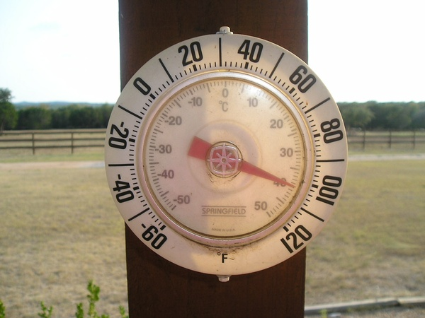 News_thermostat_hot_weather