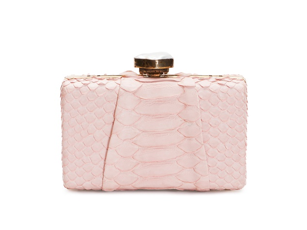 Golden Globes January 2014 Baird & Baird pale pink clutch