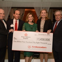 37 Dr. Charles Hankins, from left, Rand Holstead, Lindsay Holstead and Carol and Mike Linn at Texas Children's Ambassadors wraps up #GivingTuesday week December 2014
