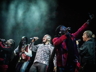 Earth Wind and Fire_Chicago_Heart and Soul Tour_2015