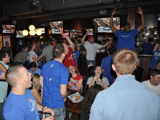 News_University of Kansas_basketball_watch party