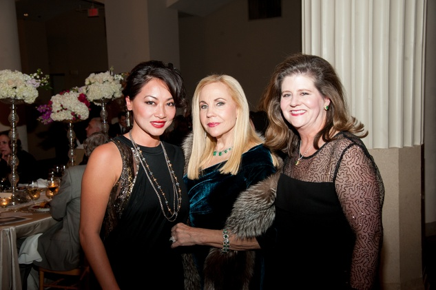 Chloe DiLeo, from left, Carolyn Farb and Brenda White at The Women's Home Gala November 2014