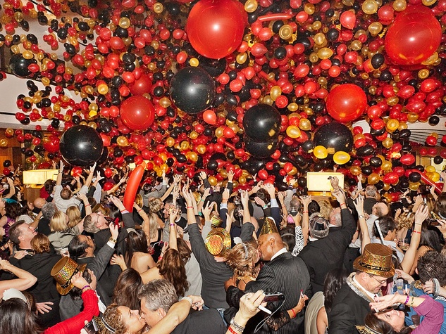 New Year's Eve party, Hyatt Regency Houston, balloons