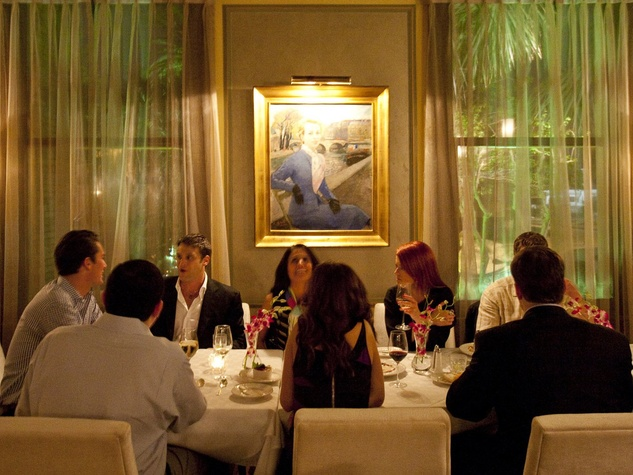 La Colombe d'Or Hotel and Restaurant, Restaurant Cinq, people dining, January 2013
