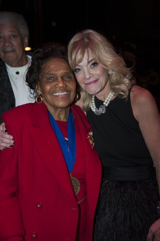 Dr. Edith Irby Jones, left, and Sherry Levy at the ADL Houston in Concert Against Hate November 2014