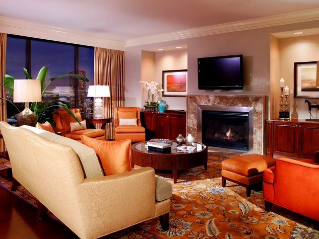 St. Regis Houston Presidential Suite parlor