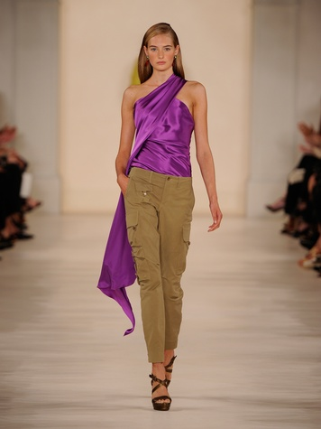 Fashion Week spring 2015 Ralph Lauren September 2014 pants with purple one-shoulder