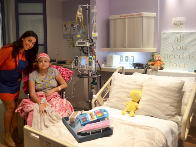 designer transforms hospital room into happy place on 250 budget