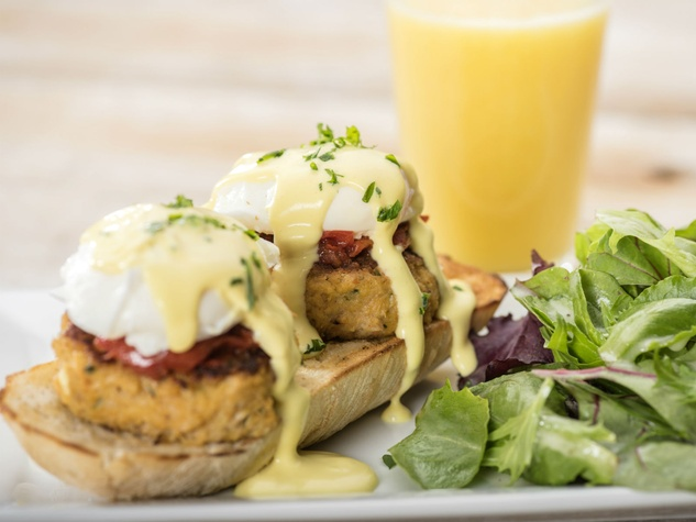 First Watch Crab Benedict