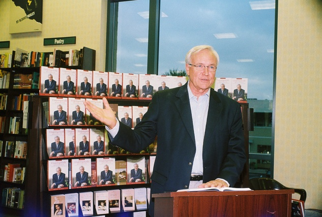 Bill King at the Bill King Book Signing November 2014