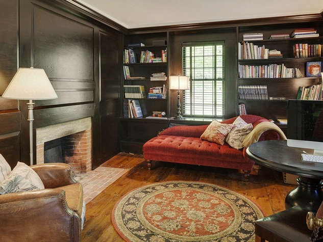 On the Market Renee Zellweger 1774 house in Connecticut September 2014 room