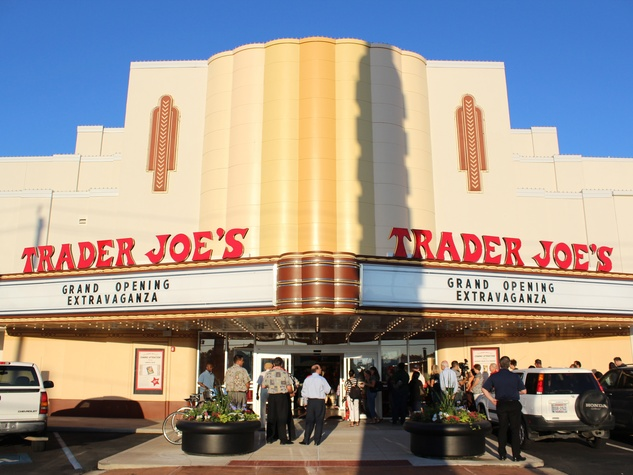 Trader Joe's_Alabama Theater_store opening