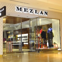 Mezlan men's clothing store storefront The Galleria