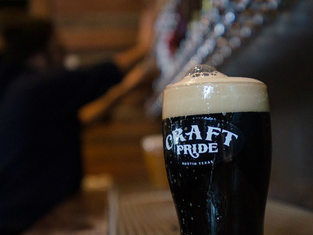 Craft Pride_Rainey_beer bar_glass_2014