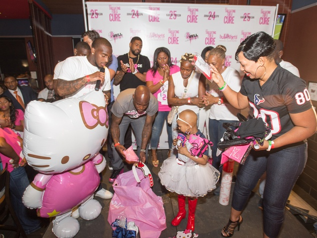 Tailgating for a Cure hosted by Houston Texans Johnathan Joseph and Kareem Jackson October 2013 Kyssi Andrews and Hello Kitty and friends