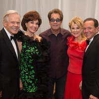 Symphony Ball, May 2015, Jim and Sherry Smith; Huey Lewis; Lisa and Jerry Simon