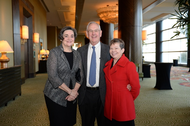 Gwen Emmett, left, with Joel and Margaret Shannon at the El Centro de Corazon luncheon March 2015