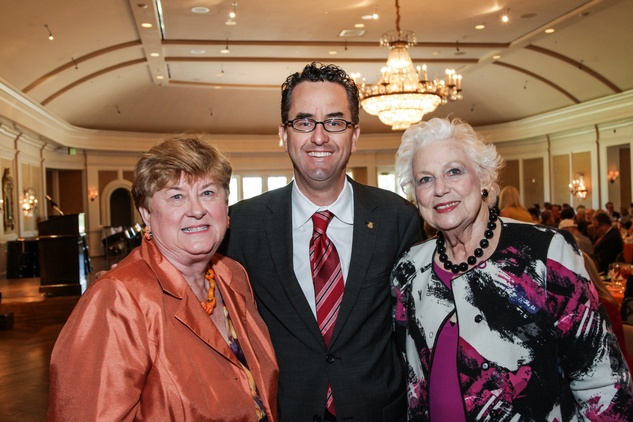 3 Beverly Kaufman, from left, Andrew Davis and Betty Jukes at the Moores School of Music Luncheon November 2014