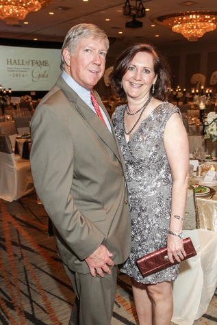 Tobin and Diane Englet at the Women's Chamber of Commerce Hall of Fame Gala December 2014