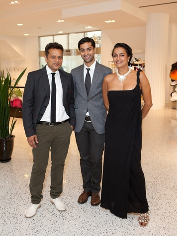 Naeem Khan, Zaheen Khan and Ranjana Khan at Tootsies Houston