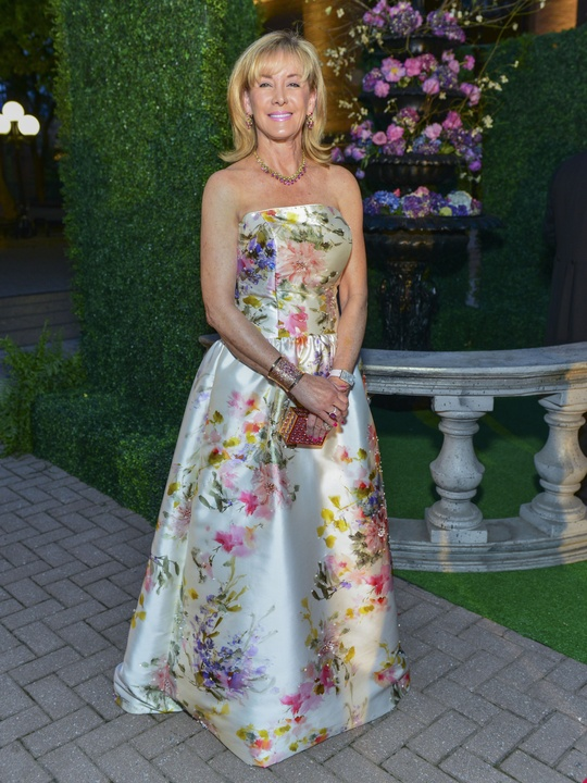 16 Sheridan Williams - Catherine Regehr at the Opera Ball April 2014
