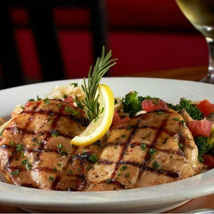 Texas Restaurant Chain Johnny Carino S Gets Serious About