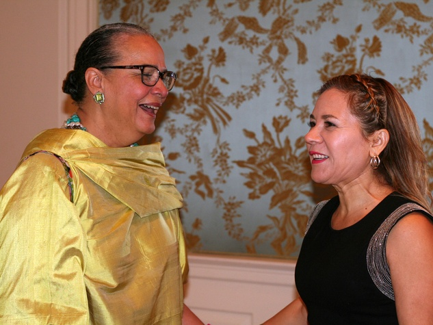 016 Michelle Barnes, left, and Dr. Penelope Gonzalez Marks at the Community Artists' Collective's luncheon September 2014