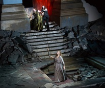 Houston Grand Opera Elektra Christine Goerke