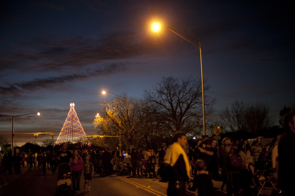 Austin Photo Set: Pages_trail of lights_dec 2012_11