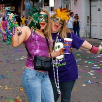 Mardi Gras, partying, masks, drinks, New Orleans