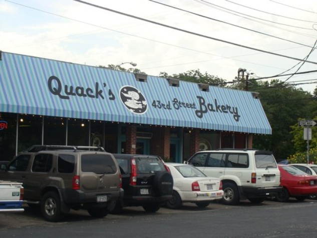 Austin Photo: Places_food_quack's bakery exterior
