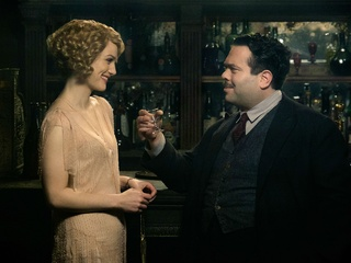 Alison Sudol and Dan Fogler in Fantastic Beasts and Where to Find Them​