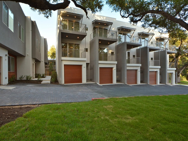 New townhomes with funky vibe pop up in top south austin for Contemporary homes for sale in austin