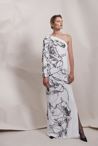 Elizabeth Kennedy spring 2018 gown with horse motif look 27