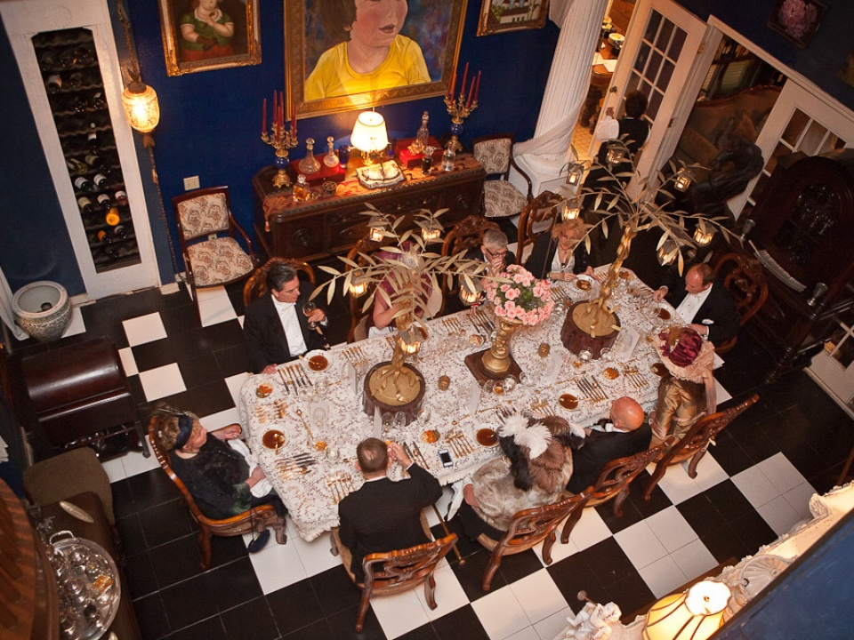 Secrets to a successful dinner party Make sure it exceeds  : MarkHannaTitanicdinnerApril2012tableguests from houston.culturemap.com size 960 x 720 jpeg 289kB
