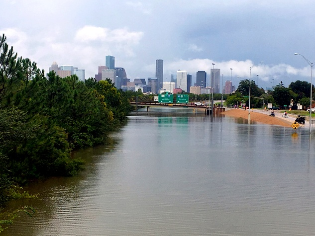 Houston, Hurricane Harvey, flood photos, Highway 288 northbound lanes from the Binz Street bridge