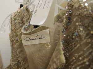 News_Bob Lanier_estate sale_The Decorative Center of Houston_May 2012_Oscar de la Renta
